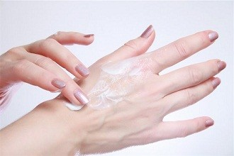 6 Essential Winter Skin Care Tips for your Hands